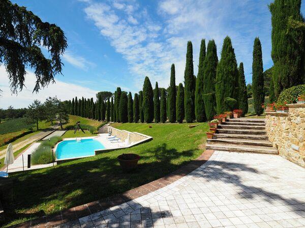Cornocchio, near San Gimignano, Tuscany