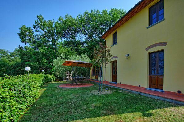Villa Grazia, sleeps 6, private pool, air conditioning