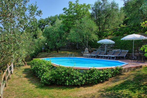 Private pool at Villa Grazia
