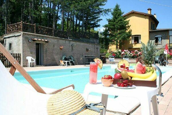 Villa Lorenzo sleep 20 private pool