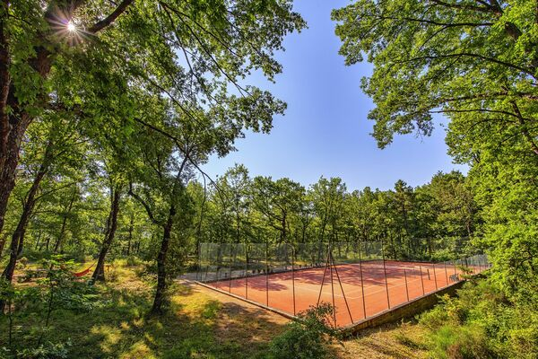 Tennis court at Villa sant' Angelo near Poppi