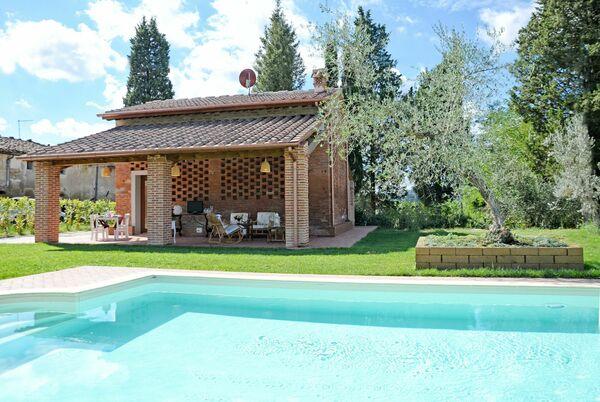 Il Fienile di Giovanna, sleeps 6, private pool, air conditioning