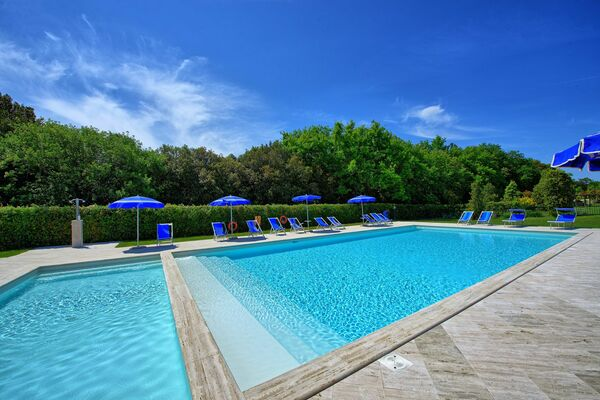 Montaione pool