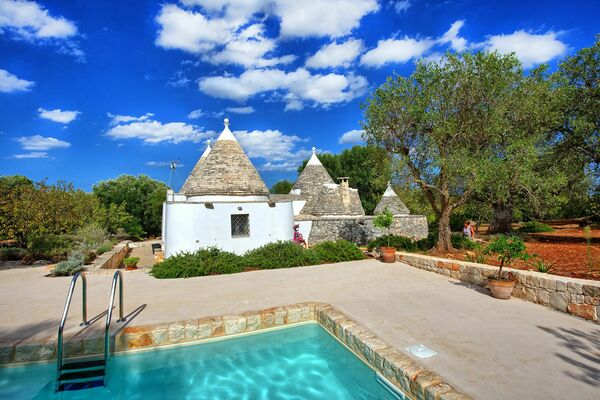 Trullo sleep 4 private pool puglia