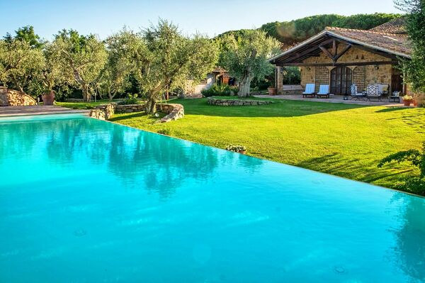 Villa Capalbio, sleep 8, private pool, tuscany